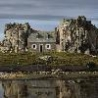 Cool Pictures - House Between Rocks