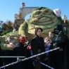 Cool Pictures - Life Sized Jabba Puppet